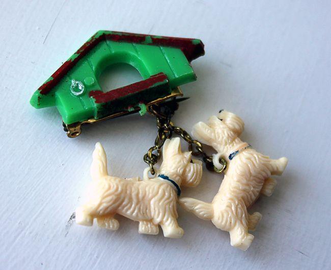 scotty dog 50s brooch