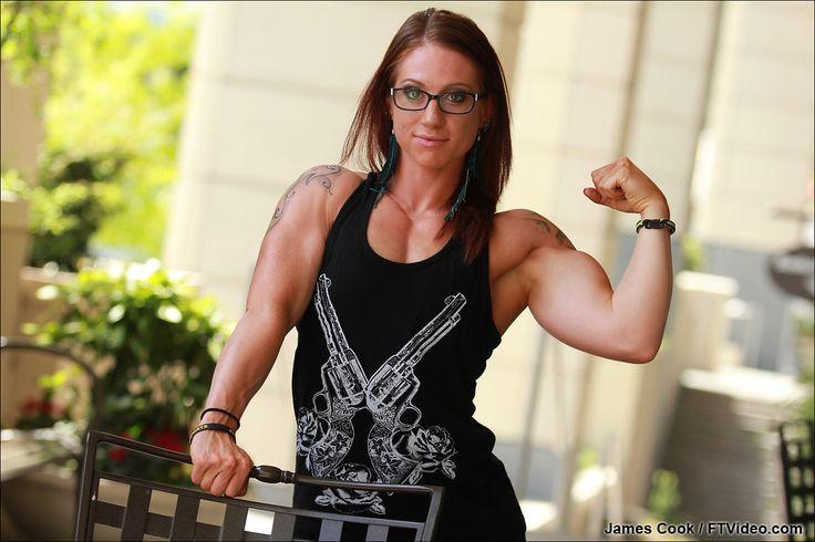 Stephanie Thurston Fitness Pinterest Female Bodybuilding