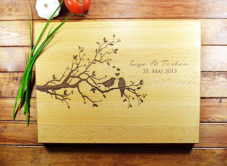 personalisiertes schneidebrett gravur f r hochzeit von geschenk. Black Bedroom Furniture Sets. Home Design Ideas