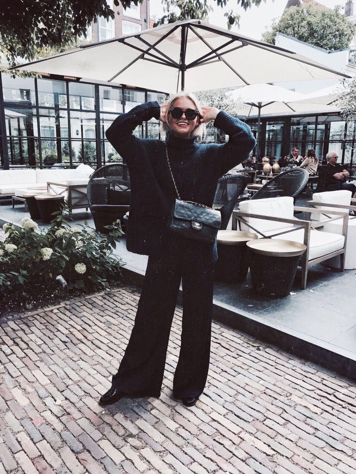 Bloggers & influencers - claartjerose - Claire Cliteur - Chanel - classic flap bag bag - black - outfit - Amsterdam - l'Étoile Luxury Vintage