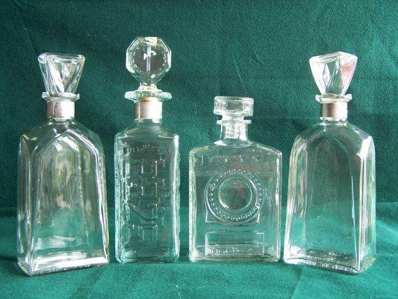 Vintage 1950s Whisky Decanters Set Of 4 Decanters 1 De Lux Walker Bottle 2 Seagram Bottles And 1 Bottle I Am Not Sure Of Whisky Decanter Vintage Decanter Whiskey Decanter