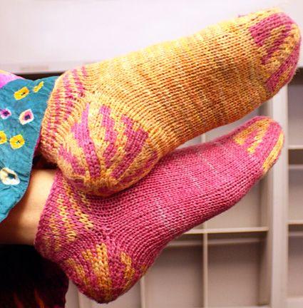 Mønster på hæl og tå - bedre slitestyrke.