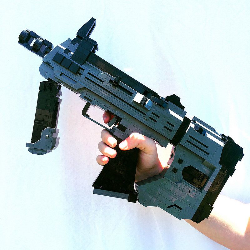 The E 11 Blaster A Life Size Star Wars Prop Made Of Lego Because