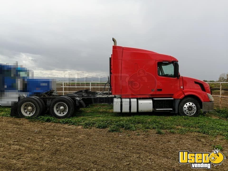 2012 Volvo Vnl 630 Heavy Duty Sleeper Cab Semi Truck For Sale In California In 2020 Semi Trucks For Sale Trucks For Sale Semi Trucks