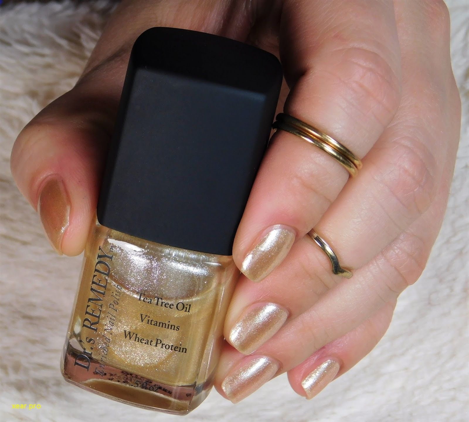 Lovely Colored Nail Polish with Tea Tree Oil-   Nail Art Shop ...