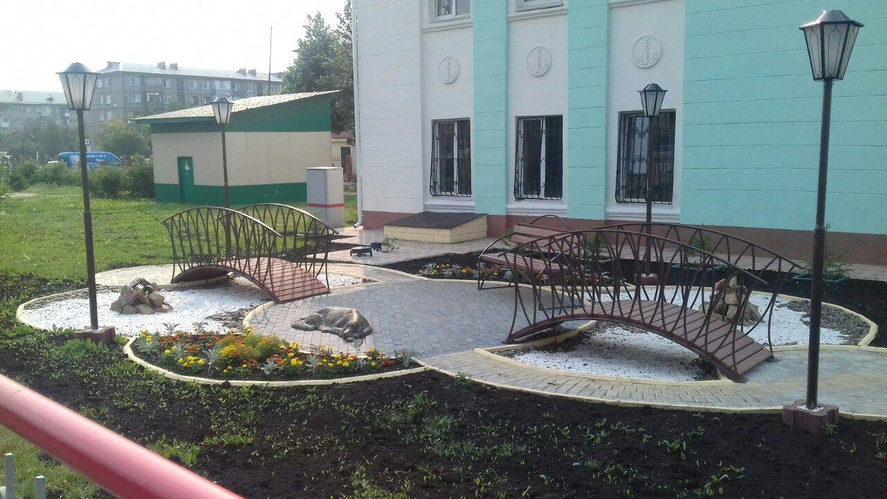 В Красноярске на железнодорожной станции появился памятник ждущей собаке…