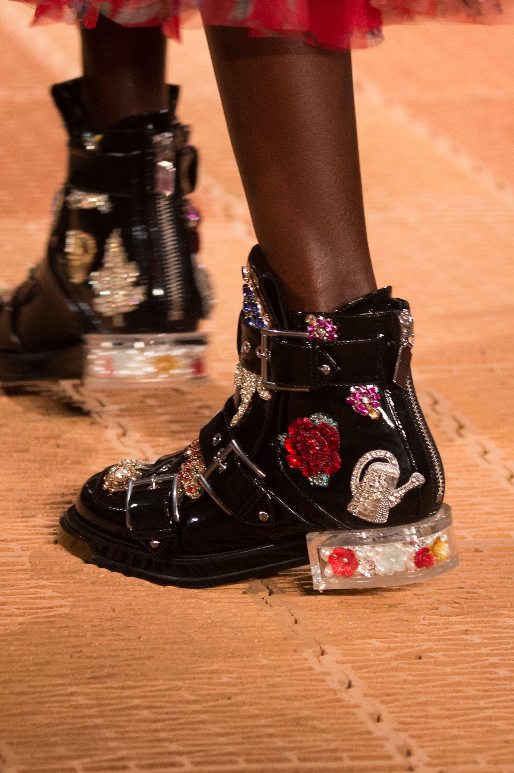 Alexander Mcqueen Spring 2018 Fashion Show Details Fashion Shoes
