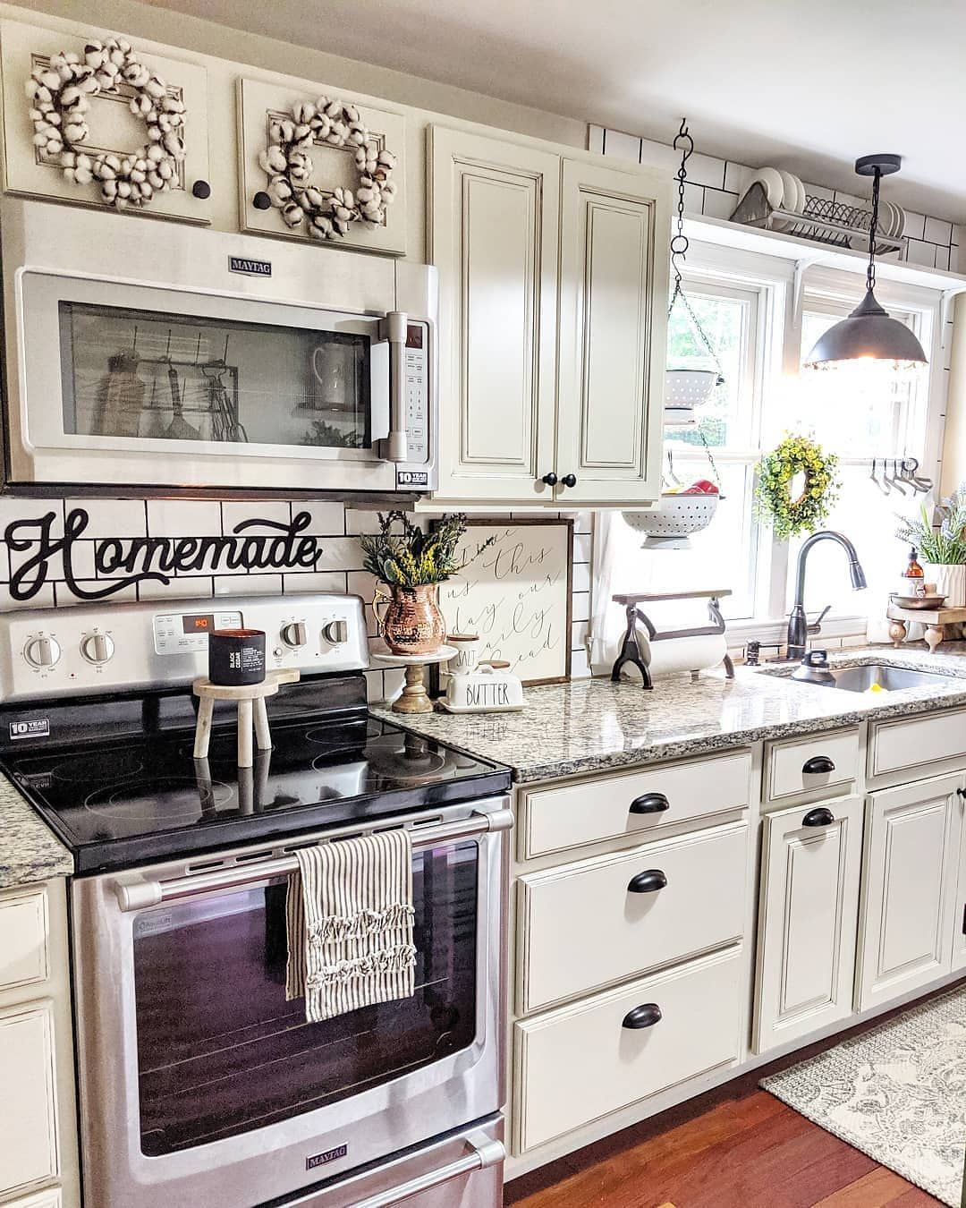 "Farmhouse Homes � on Instagram: ""This farmhouse kitchen is so gorgeous! � What do you think? What would be the first meal you would cook here? � TAG a friend who will love…"""