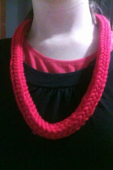 collar de ganchillo crochet (telar circular)  lana ganchillo,telar circular
