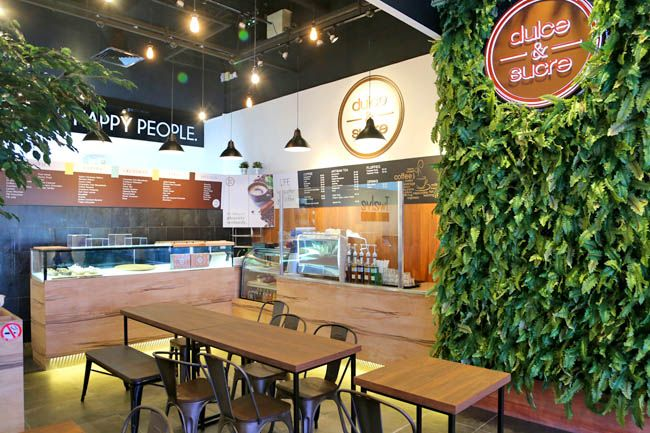 Dulce And Sucre Twelve Cupcakes Opens A New Dessert Cafe Cranberry Pistachio Dulce Banana Coffee