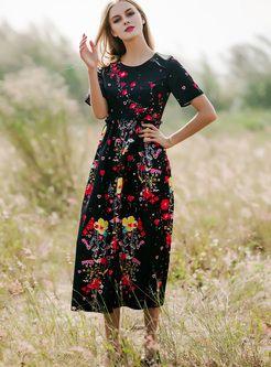 Impresión floral del vestido maxi de cintura alta
