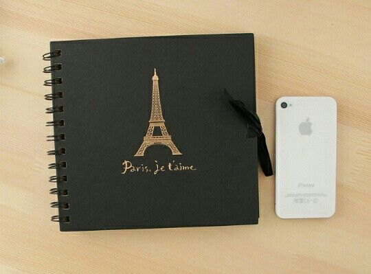 Álbum kraft con detalle de París, para colocar fotos de tus viajes