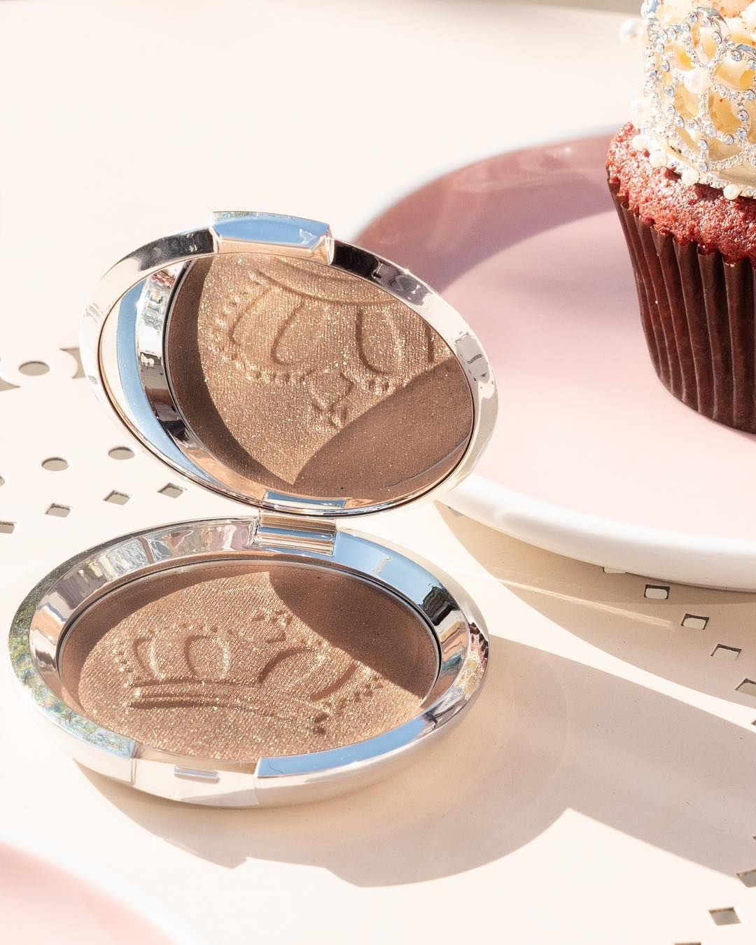 Shimmering Skin Perfector Pressed Highlighter Royal Glow Becca Cosmetics Becca Shimmering Skin Perfector Becca Highlighter