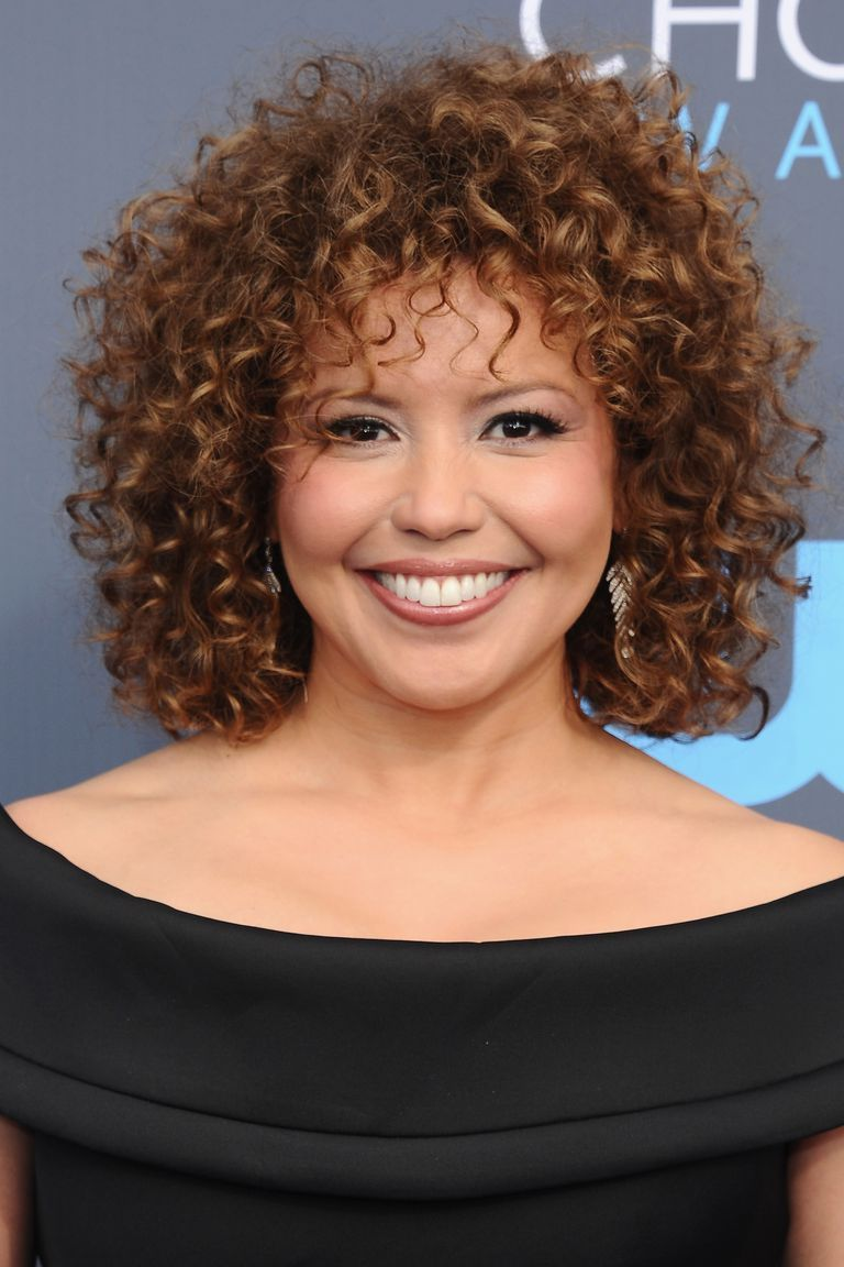 20 cute and easy hairstyle ideas for short curly hair
