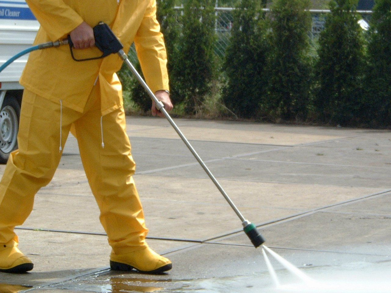 Looking for power sweeping & washing services in Toronto
