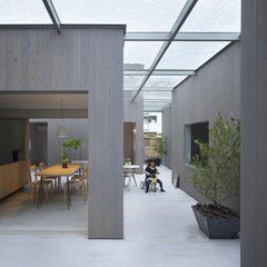 Contemporary Patio House In Buzen Glass Roofing And