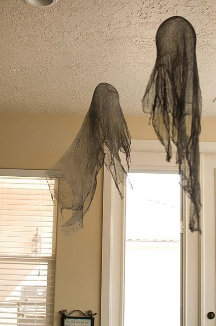 Making Ghosts and Dementors - #Dementors #Ghosts #Making #themes #geisterbasteln