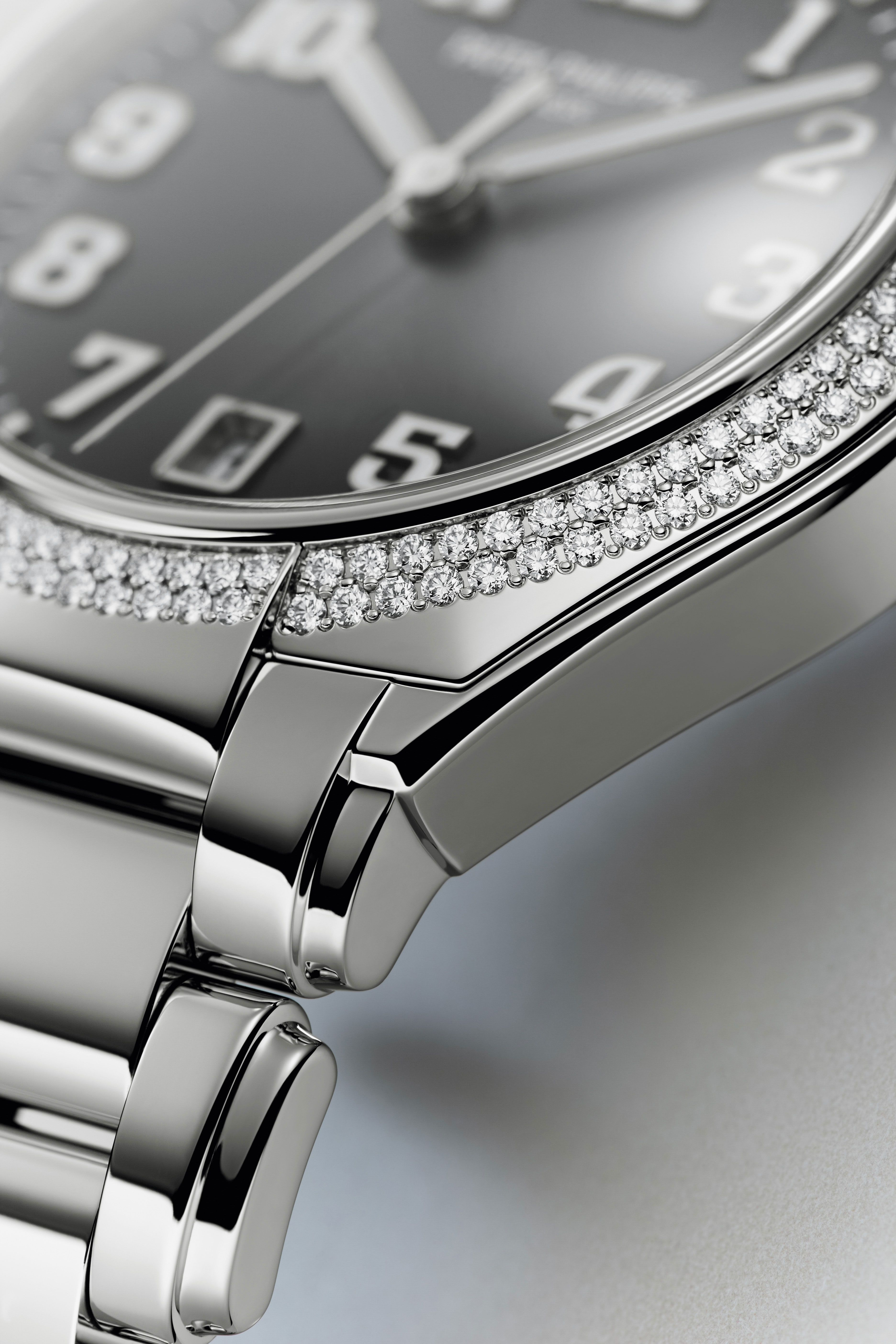fa0e157a80f ... Twenty~4 Automatic Ladies Collection by Patek Philippe. Ref. 7300 1200A-010  Patek Philippe