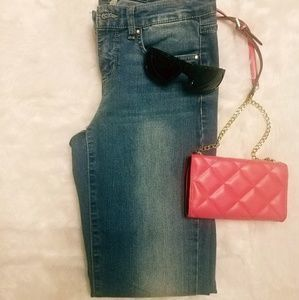 I just added this to my closet on Poshmark: Vintage America Blues Jeans. Price: $15 Size: 4