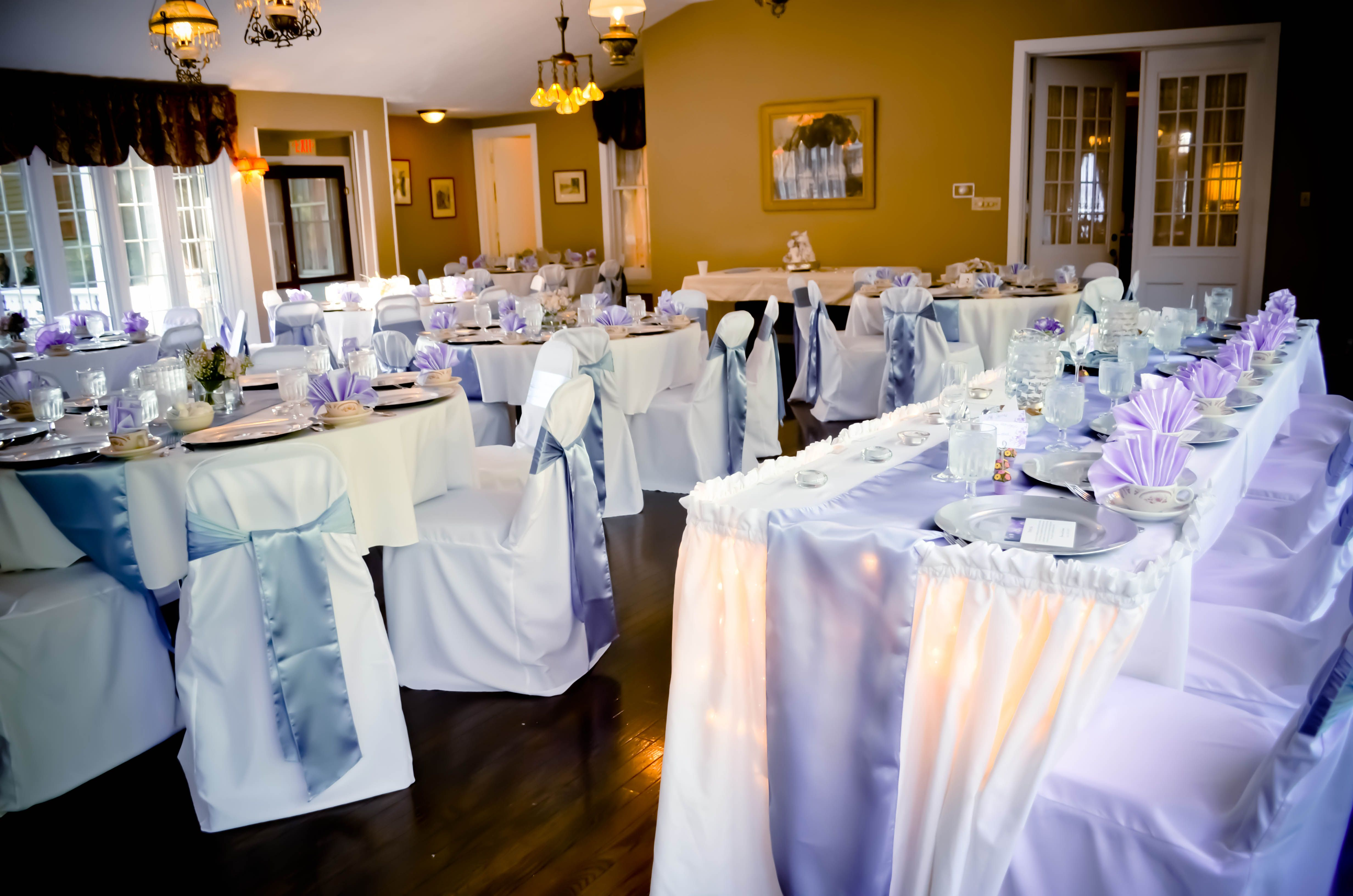 White Banquet Chair Covers Periwinkle Satin Chair Sashes & Table