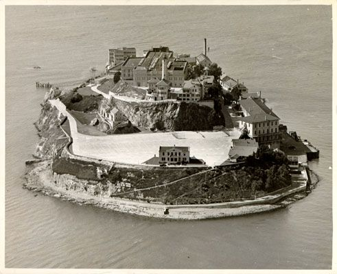 San Francisco 1935 Photo By Unknown An Aerial Photo Of Alcatraz