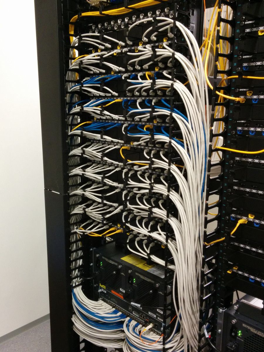 a fully built rack with excellent cabling neat trick they used blue cables are [ 900 x 1200 Pixel ]