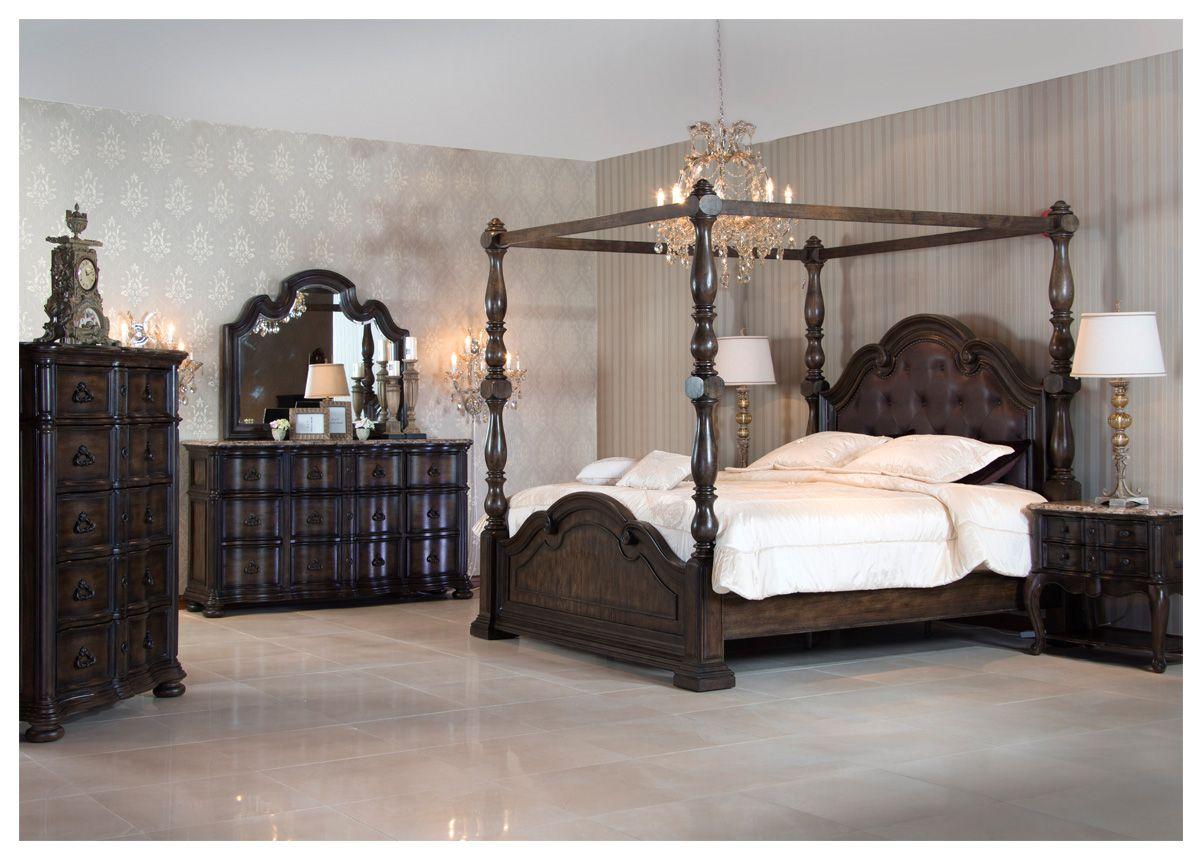 دائما ما يلفت انتباهنا غرف النوم الكلاسيكية القديمة في الأفلام ميداس حب أن يقدم لكم هذه الغرف بطريقة عصرية وجديدة غر Furniture Home Decor Home Accessories