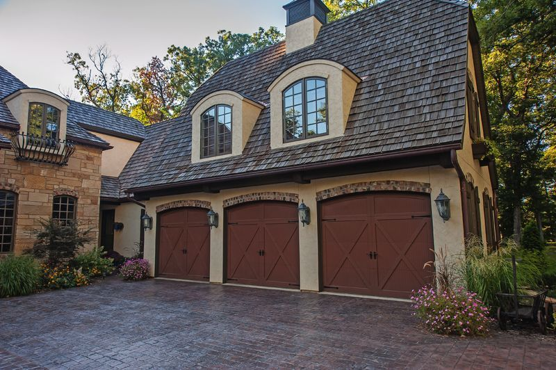 10 Essential Garage Door Safety Tips Garage Doors Garage Door Safety Residential Garage Doors