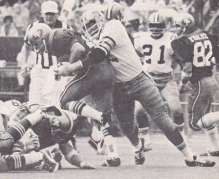 More Saints football from 1971. Rookie Bob Pollard, an 11th round pick from Southern sacks 49er Quarterback John Brodie.