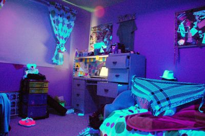 Blacklight Bedroom Stephanie Crafton Everett Neon Room Black