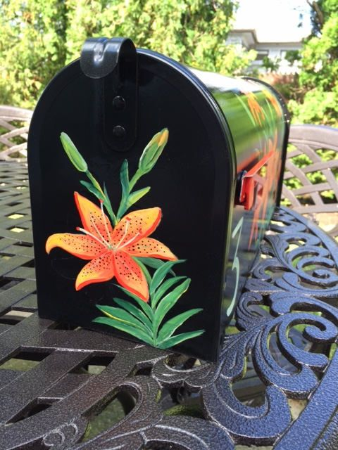 Painted Tiger Lily Mailbox Orange Flowers Hand Painted Etsy Painted Mailboxes Custom Mailboxes Unique Mailboxes