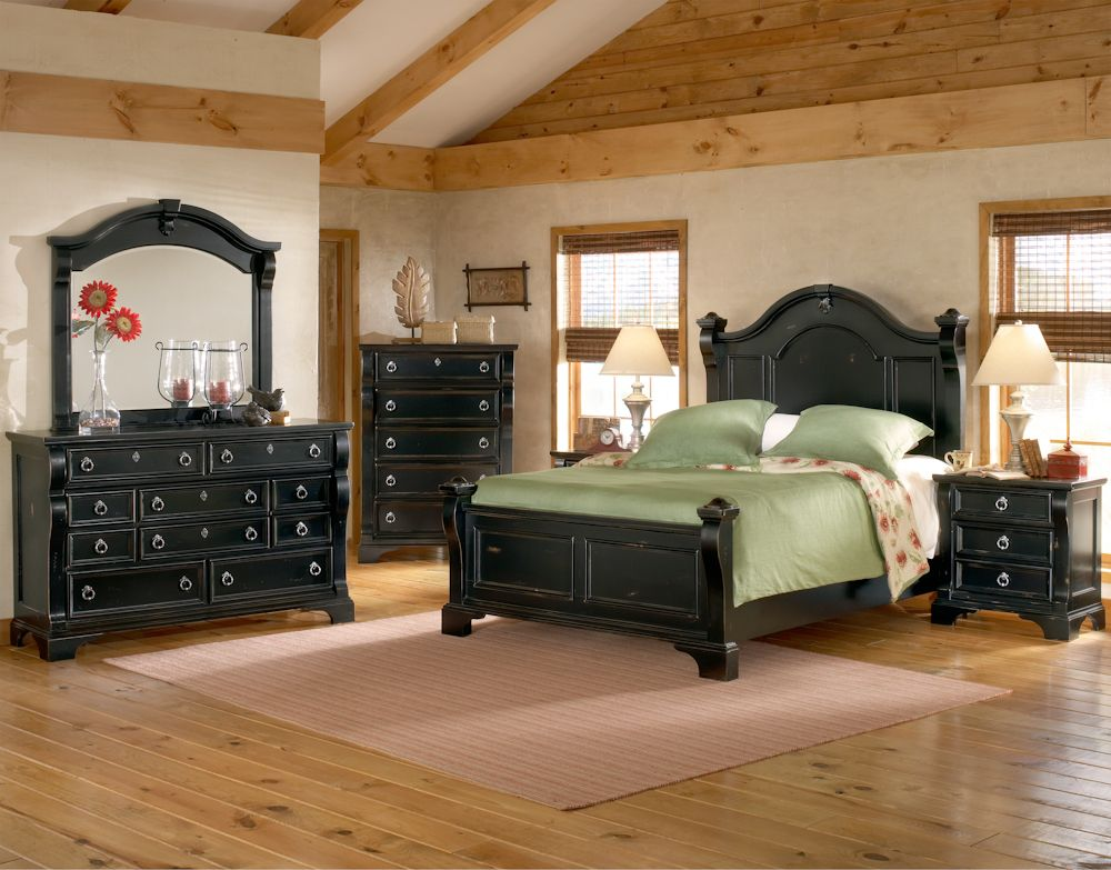 Furnitureland South Heirloom Black Poster Bed Bedroom Pinterest - Poster Bedroom Sets