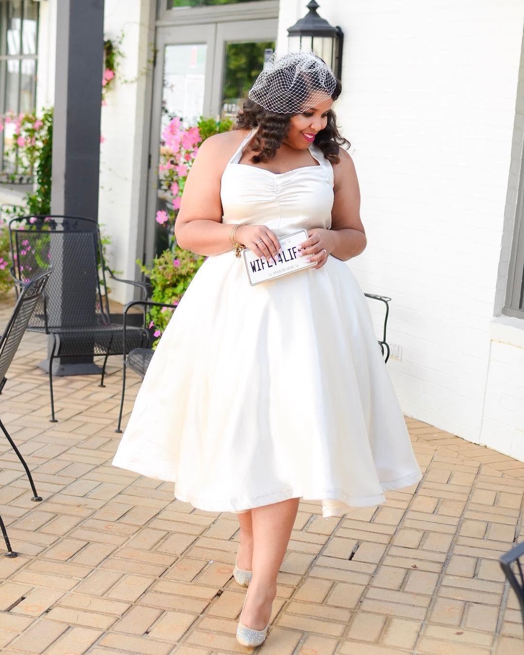 Plus Size Wedding Dress Idea | Lace wedding dress with ...