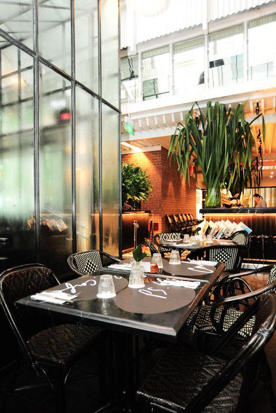 Ps Cafe Palais Renaissance Singapore Cool Cafe Restaurant Design Colonial Style