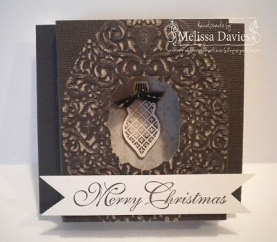 Melissa Davies: Diorahma-Card: mit EFWeihnachtskranz + Framelits / SU (Alternative: extragrosses Oval u/o Spellbinders oval), XMAS-LO-Idee