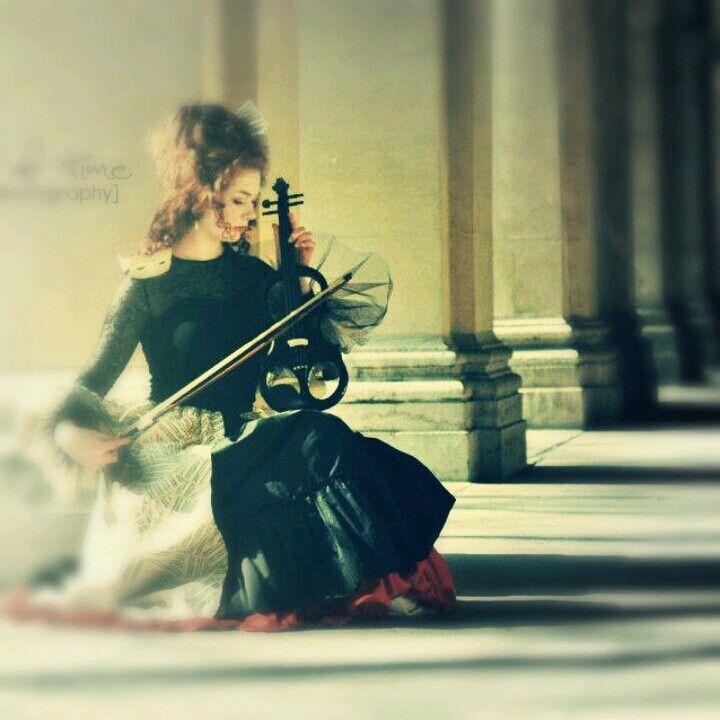 Coiffure+maquillage+tenue by moi thème historique