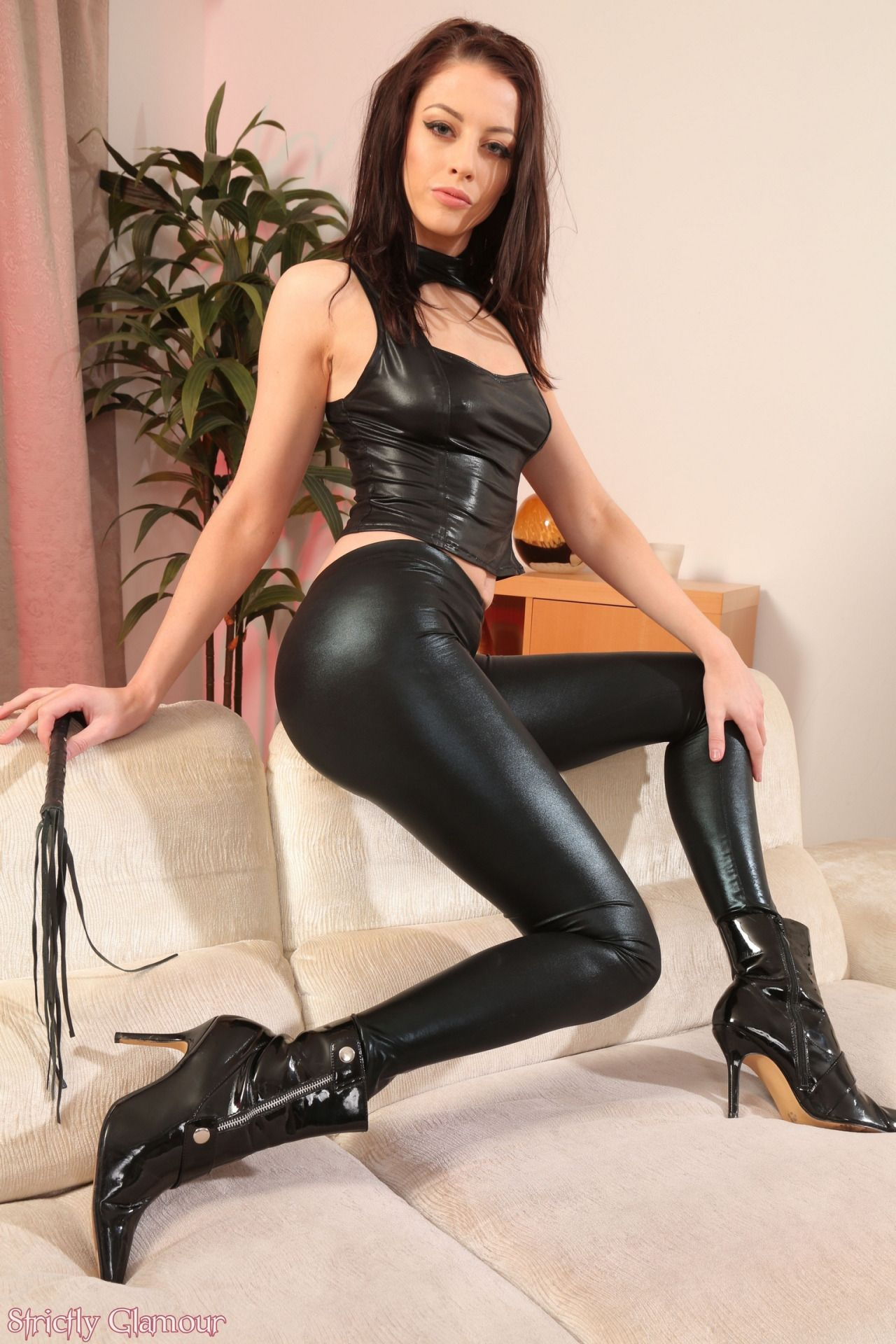 Hot Latex Pants 102