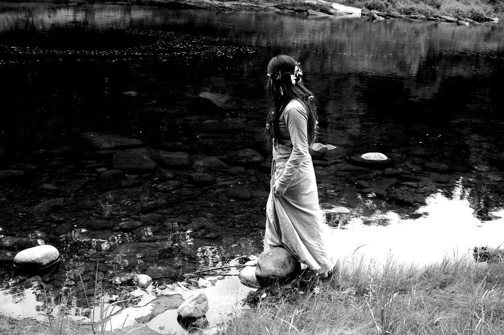 Waters Edge by Rachel Hammond