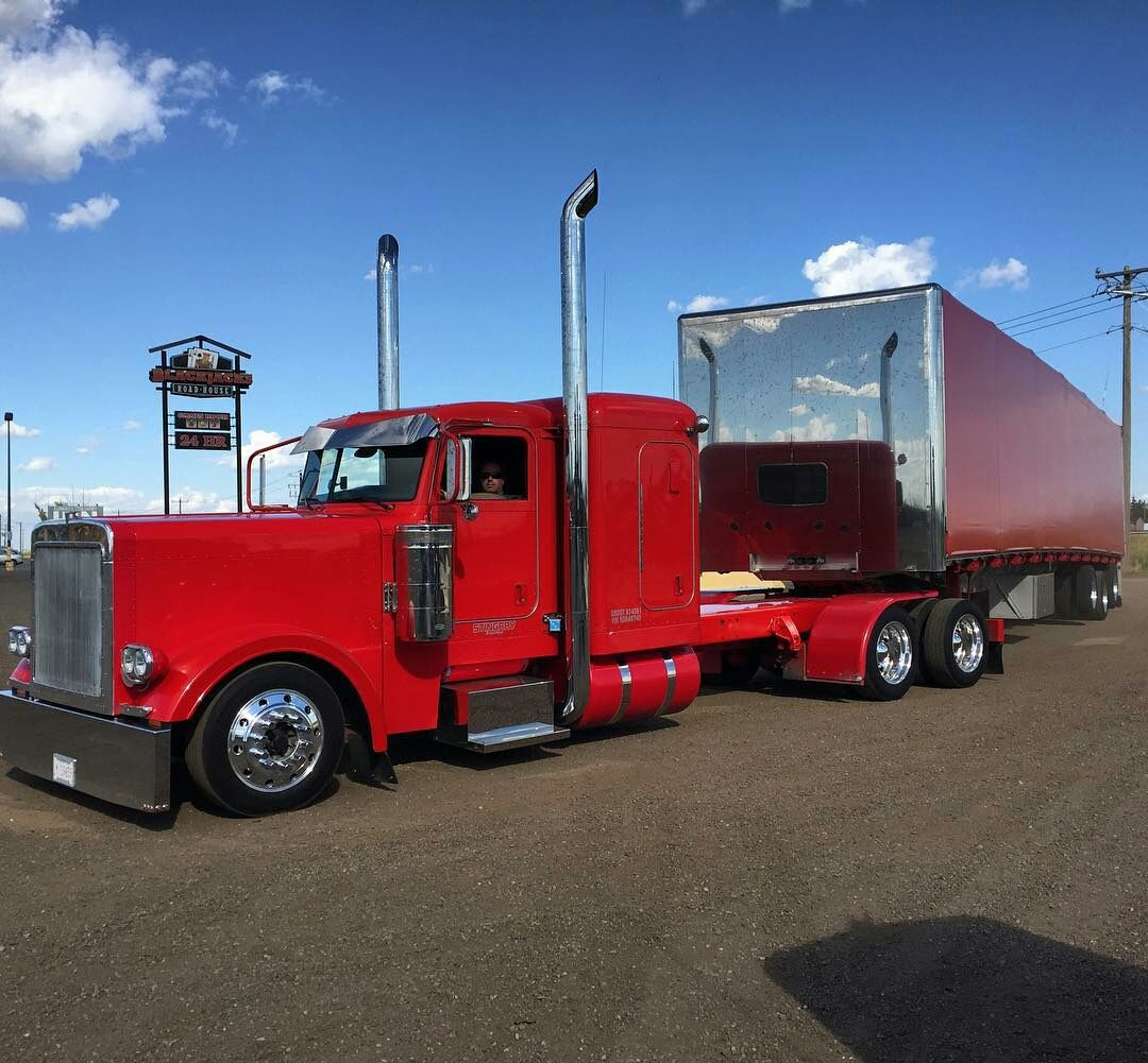 Peterbilt Custom 379 With Matchin Curtain Side With Images