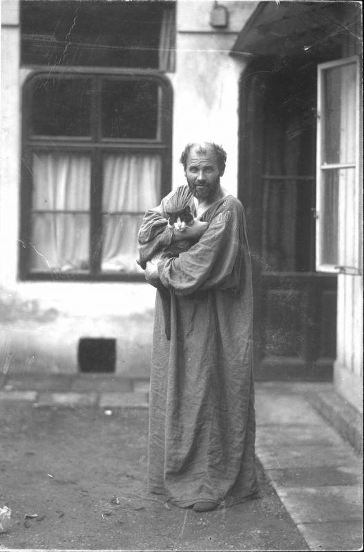 Gustav Klimt with his cat, Katze