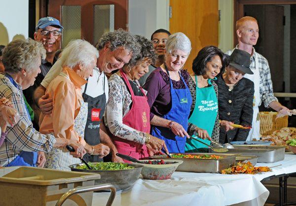 Volunteering Soup Kitchen Di 2020 Dengan Gambar Kesehatan