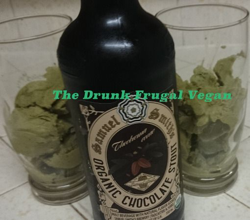 Peppermint Ice Cream Beer Float. No dairy or soy. | The Drunk Frugal Vegan