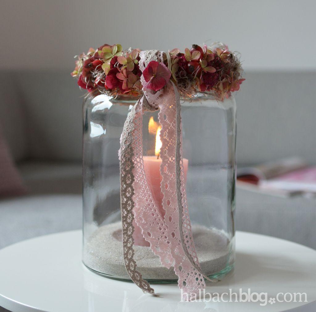 herbstdeko beeren bl ten kranz mit spitze f rs windlicht ribbon b nder lace hagebutten. Black Bedroom Furniture Sets. Home Design Ideas