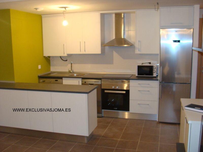 os presentamos varias cocinas de nuestros clientes de las nuevas urbanizaciones del nuevo Tres cantos!! viviendas en las calle aragon 11 y avenida madrid 4. Estas cocinas las teneis desde 1.500€.Esperamos que os gusten!!   www.exclusivasjoma.es
