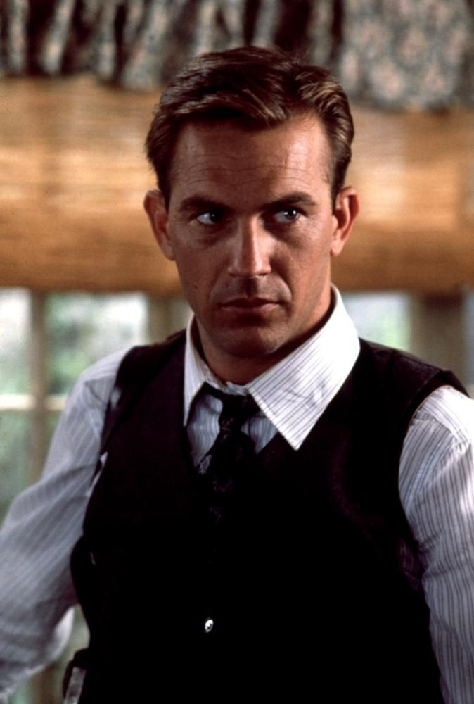 Kevin Costner in The Untouchables (1987)