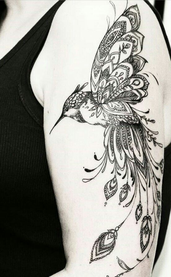 idee tattoo belle plume avec oiseau qui s envole sur. Black Bedroom Furniture Sets. Home Design Ideas