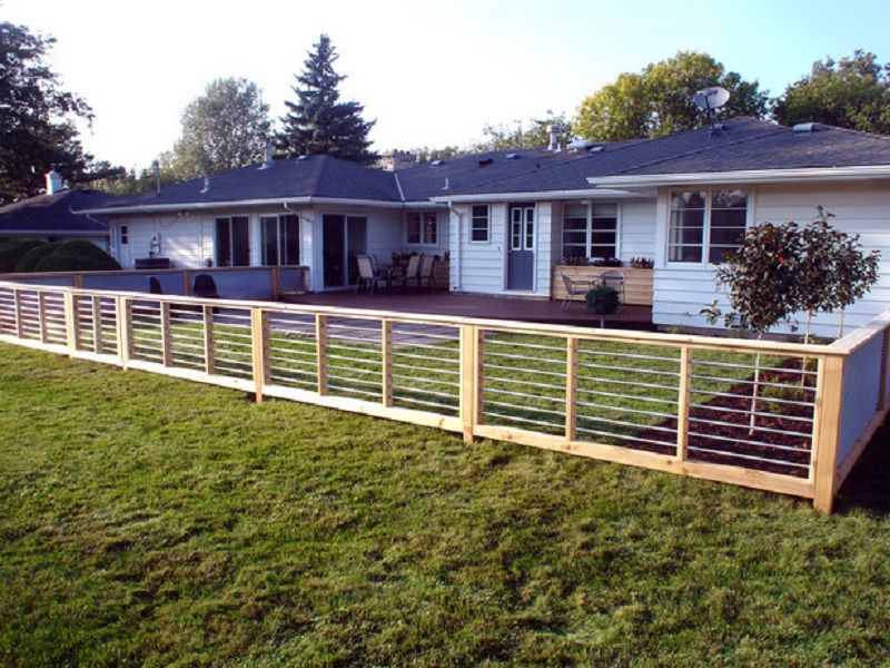 Inexpensive sheet metal privacy fence ideas http for Garden fencing ideas metal