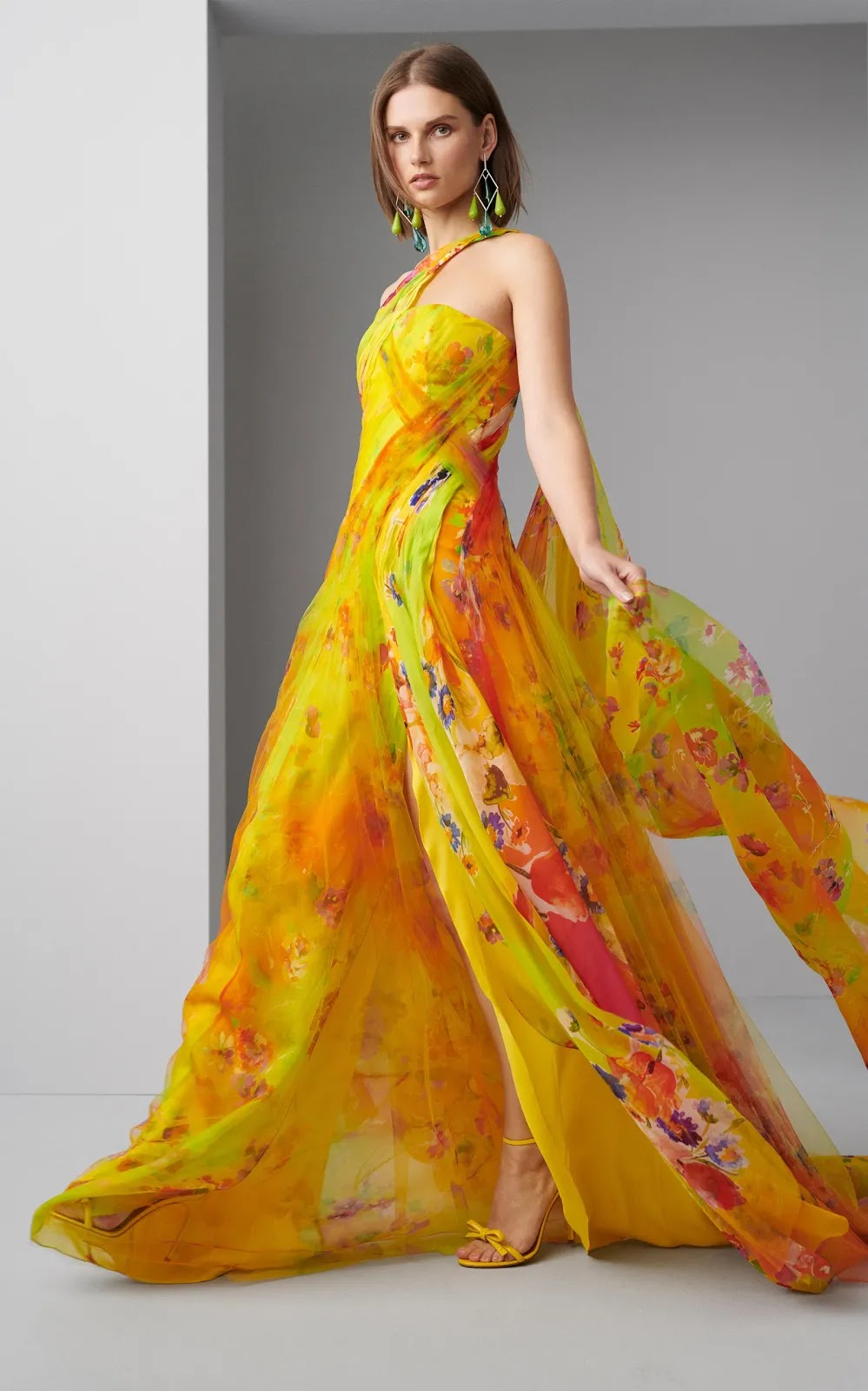 Spring Cocktail Dresses 2020.Pre Spring 2020 Lookbook Ralph Lauren S Latest Collection