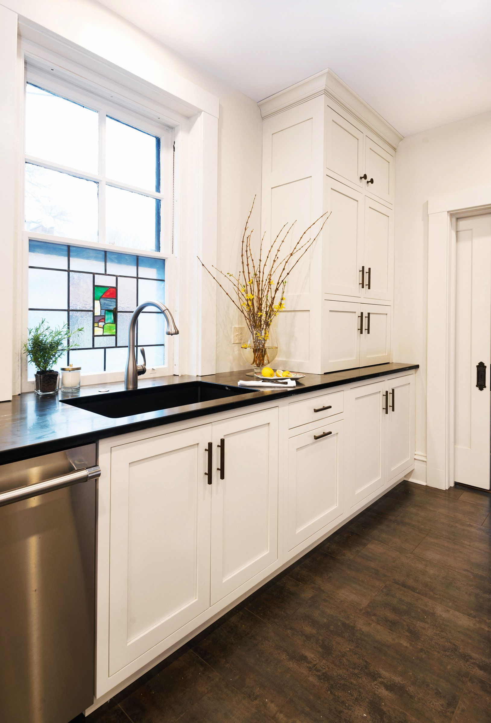 Industrial Kitchen Sink Design Tile Floor Granite