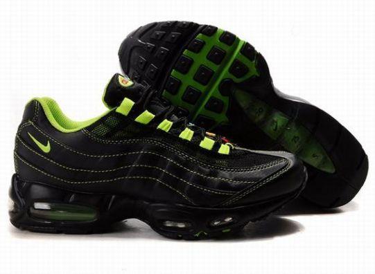 5220b89fc22 HHtJF Nike Air Max 95 Men s Running Shoes Black Green